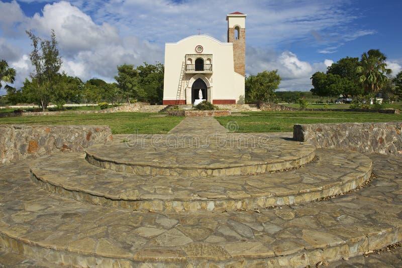 Äußeres der Replik der ersten Kirche des Amerikas in Puerto Plata, Dominikanische Republik stockbilder