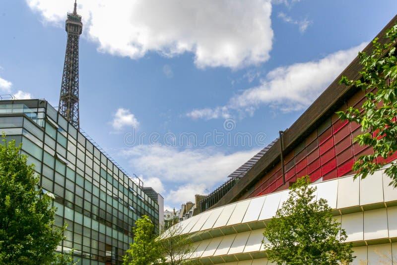 Äußeres des Museums Jacques Chirac am quai Branly, Paris Frankreich lizenzfreies stockbild
