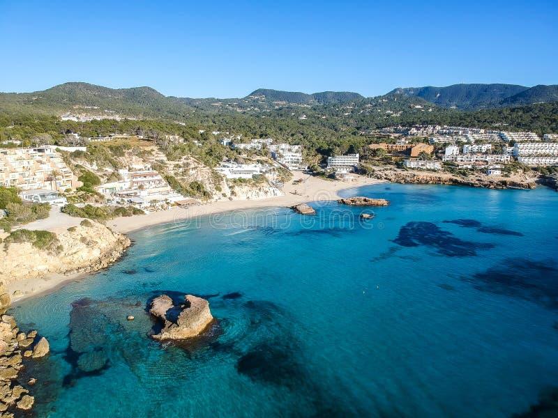 卡拉市Tarida海滩,伊维萨岛,西班牙 库存照片