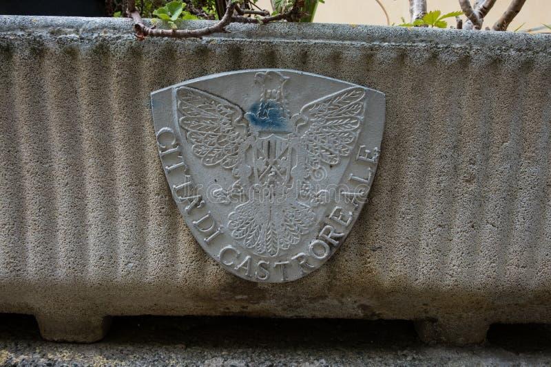 卡斯特罗雷亚莱,西西里岛老鹰象征  库存照片