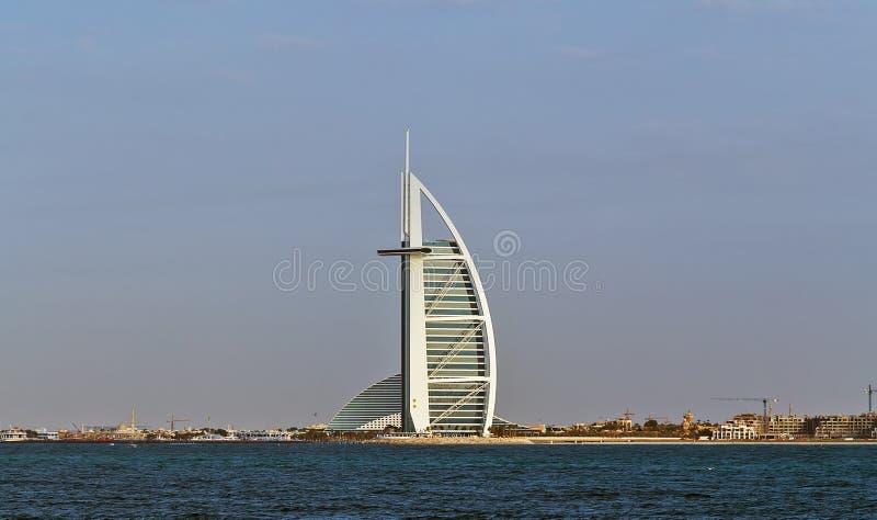 卓美亚奢华酒店集团波斯湾海滩的阿拉伯塔旅馆在迪拜 图库摄影