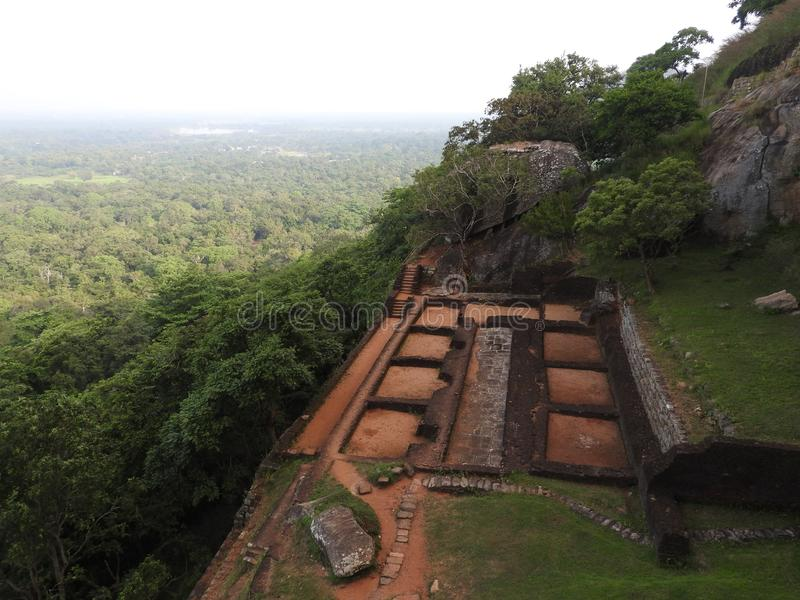 奥斯陆王宫,锡吉里耶,斯里兰卡,联合国科教文组织世界遗产的废墟在狮子岩石顶部的 库存图片