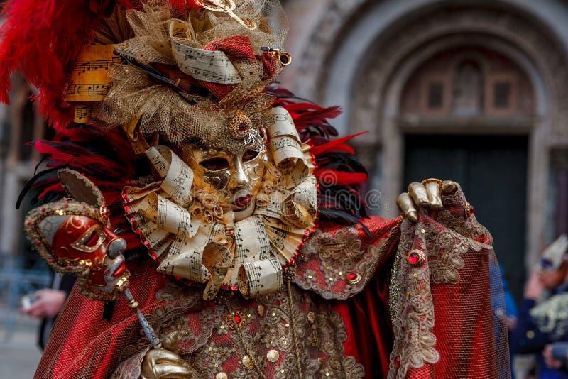 威尼斯,意大利,威尼斯狂欢节,在圣马可广场的美好的面具 库存图片
