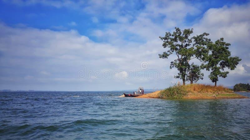 孟加拉国3的湖视图 免版税图库摄影