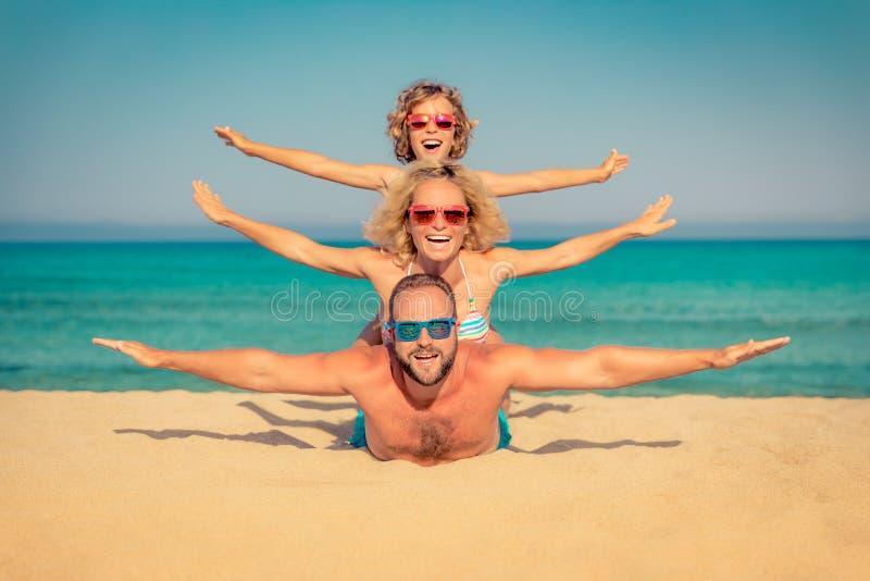 家庭暑假海滩海 免版税库存图片