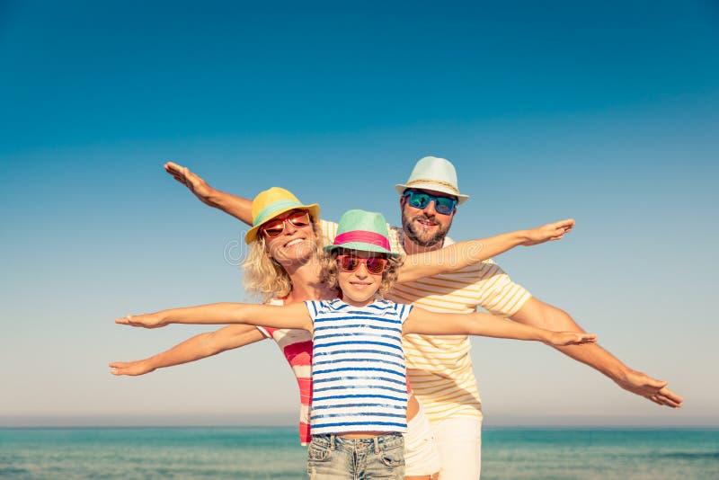 家庭暑假海滩海 图库摄影