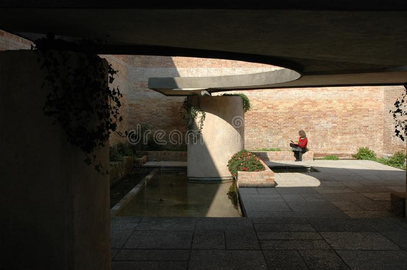 安静的庭院在威尼斯比安奈尔 库存照片