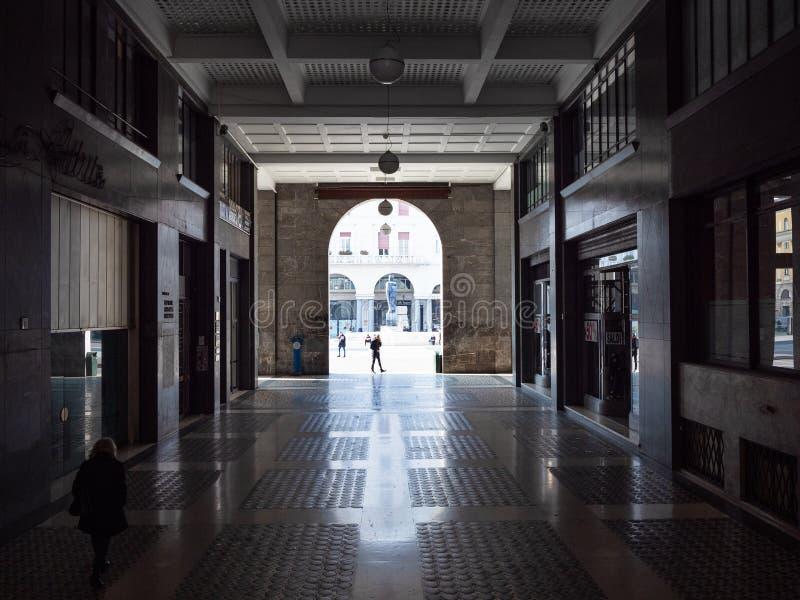 对广场della Vittoria的段落在布雷西亚 库存照片