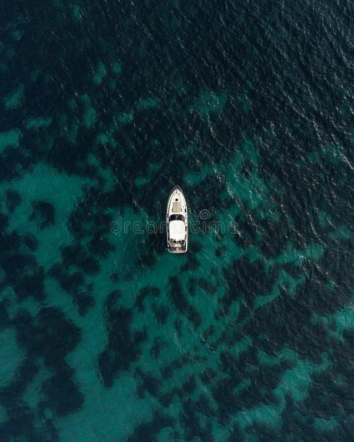 少许游艇 免版税库存图片