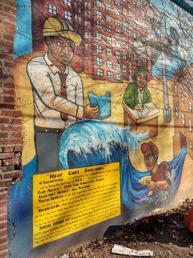布鲁克林壁画,这里去某事,布鲁克林,NYC,NY,美国 图库摄影