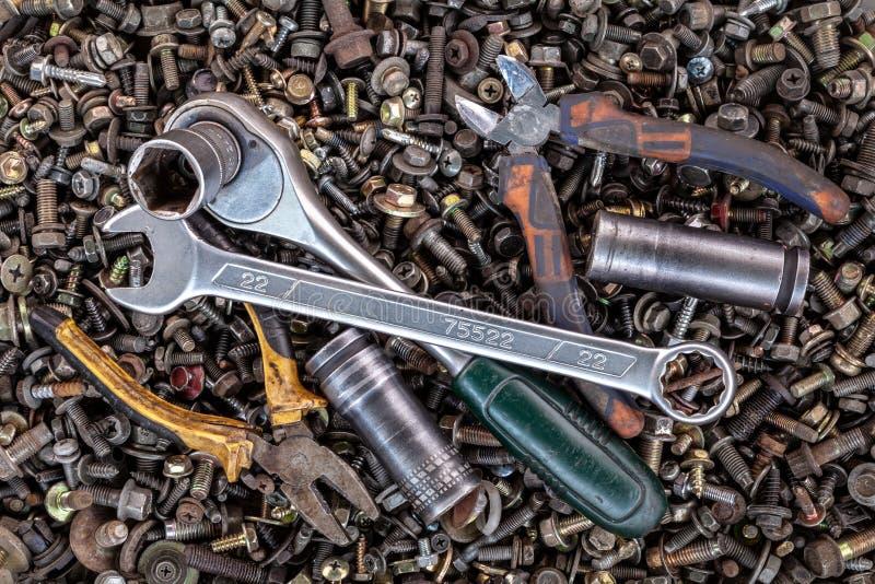 平的被放置的金属工具 库存照片