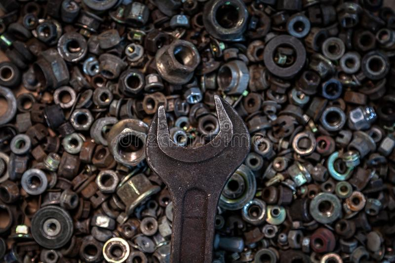 平的被放置的金属工具 免版税库存图片