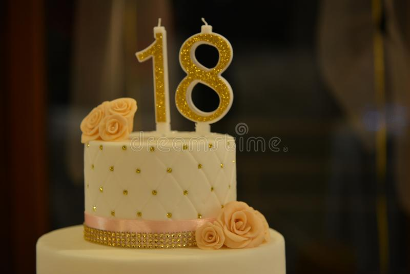 18年生日蛋糕 库存图片