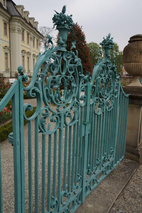 Żelazna brama grodowy barok zdjęcie stock