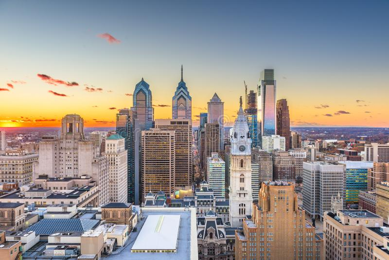 在中心城市的费城,宾夕法尼亚,美国地平线 库存图片
