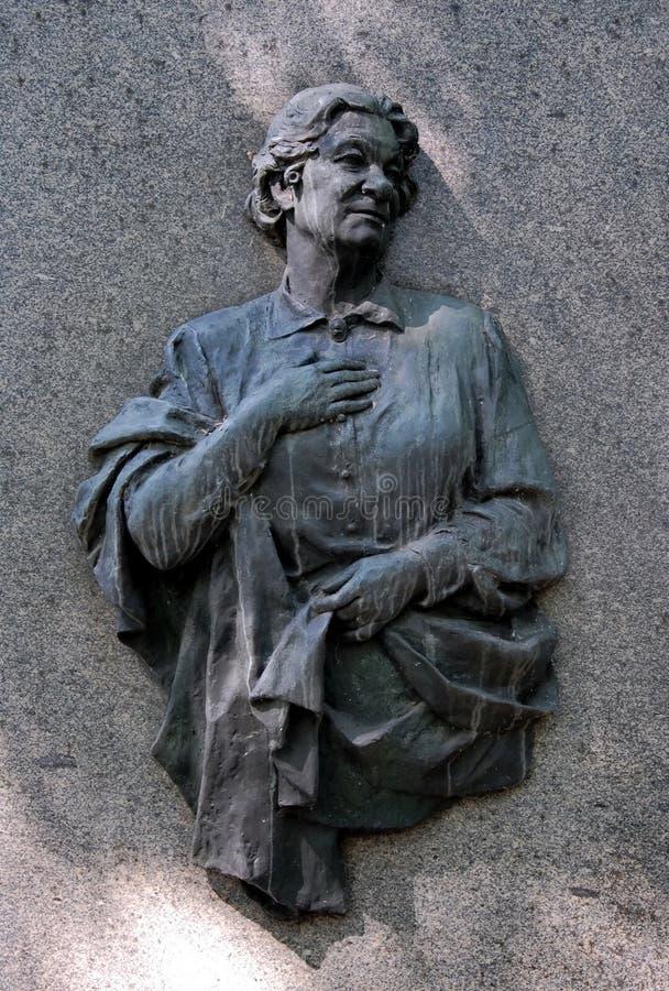 在叶卡捷琳娜Korchagina-Aleksandrovskaya坟茔的纪念碑  免版税库存照片