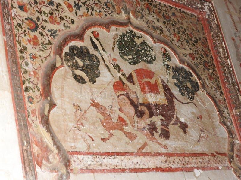 在墙壁上的精妙的古老绘画在orcha的,印度,中央邦贾汉吉尔玛哈尔 库存照片