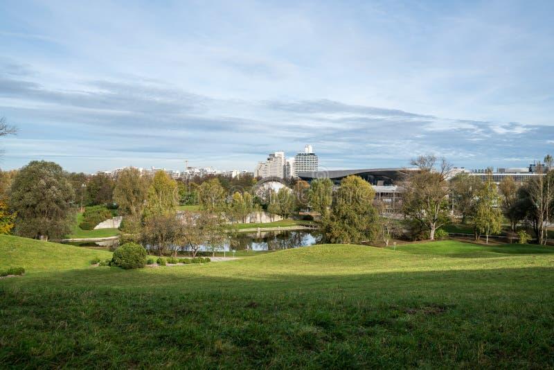 在奥林匹克公园附近的Luitpold公园在慕尼黑-巴伐利亚-德国 库存照片
