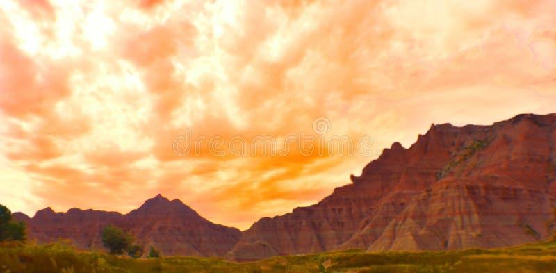 在山脉的日落 库存图片
