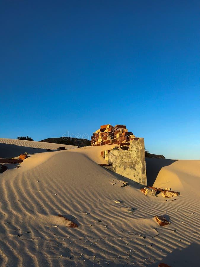 在沙丘的废墟 库存图片