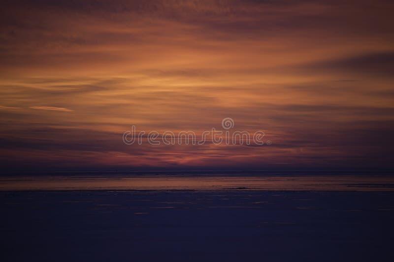在湖圣克莱尔的日出在Grosse普安特密执安 免版税库存照片