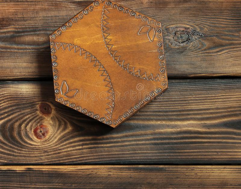 在木背景的小箱 box isolated wooden 库存照片