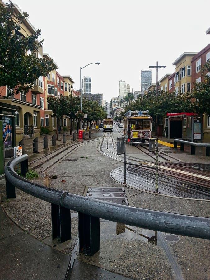 在旧金山经营的电车 图库摄影