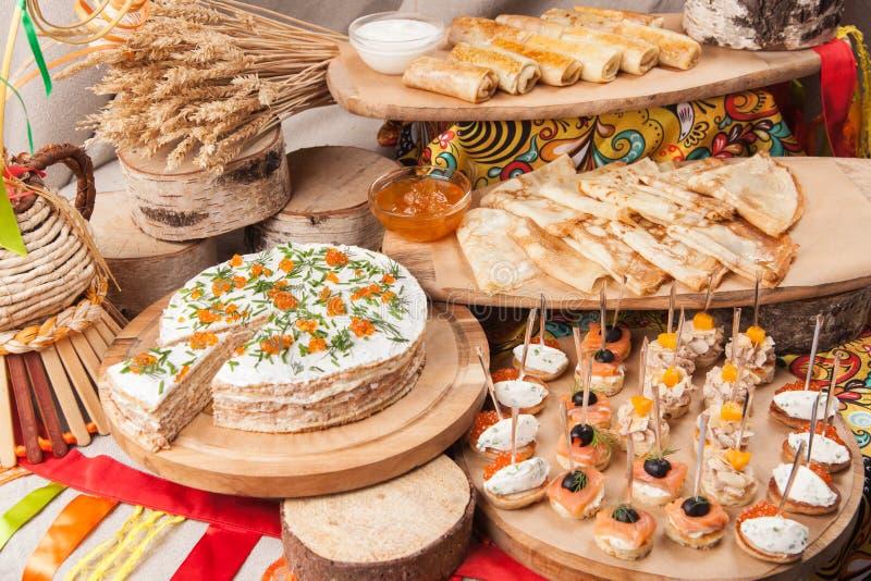 在的俄国薄煎饼未装满的忏悔节 库存照片