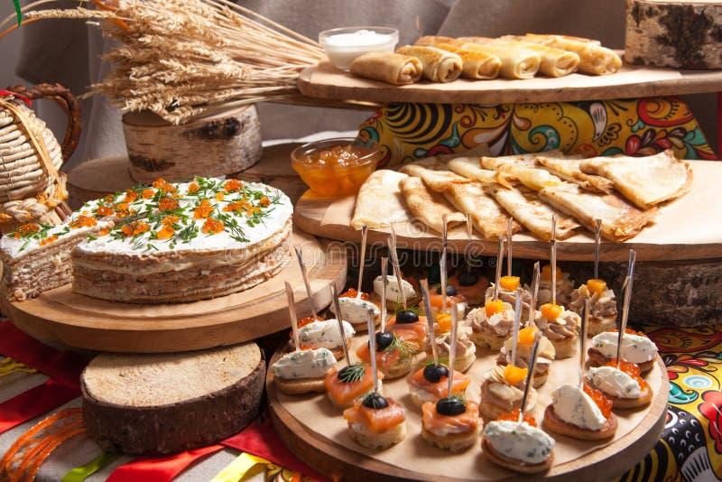 在的俄国薄煎饼未装满的忏悔节 免版税库存照片