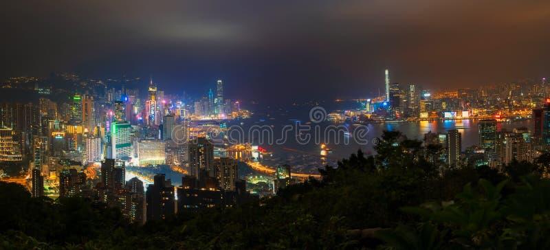 在香港市的看法从宝马山风景暮色夜,中国 免版税库存图片