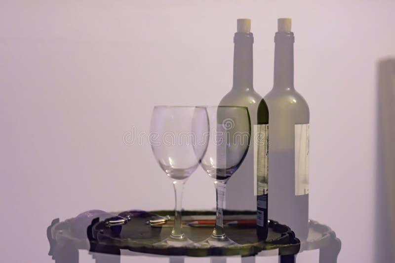 在酒精消耗量以后的双重视觉 免版税库存图片