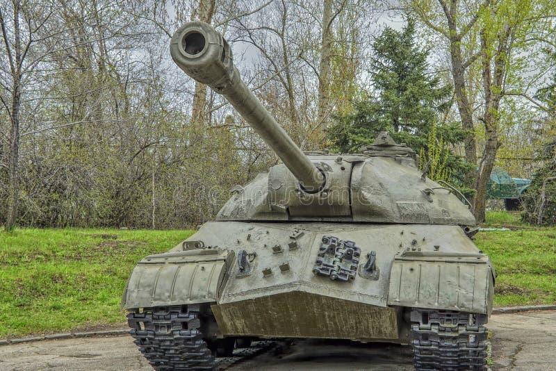 在1945年重的坦克IS-3被放入服务,在使用中与苏联军队的队伍的 库存图片