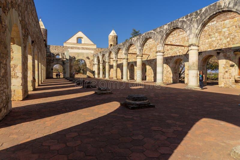 在Cuilapam covent建筑学的历史里面,墨西哥 免版税库存照片