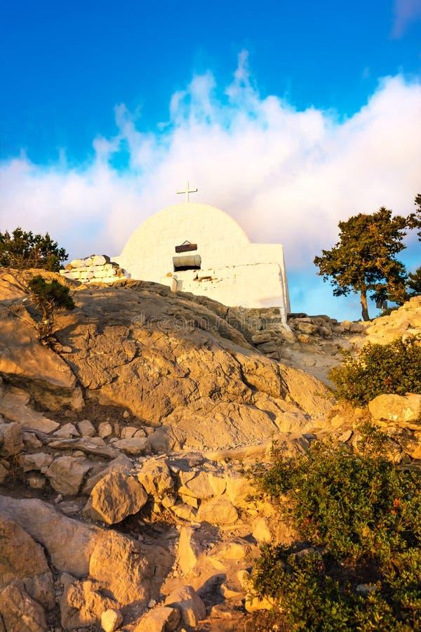 在Monolithos城堡罗得岛,希腊废墟建造的希腊东正教  库存照片