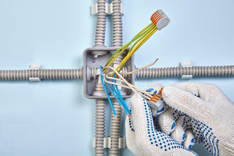 Łączyć druty z pluggable podłączeniowymi systemami fotografia stock