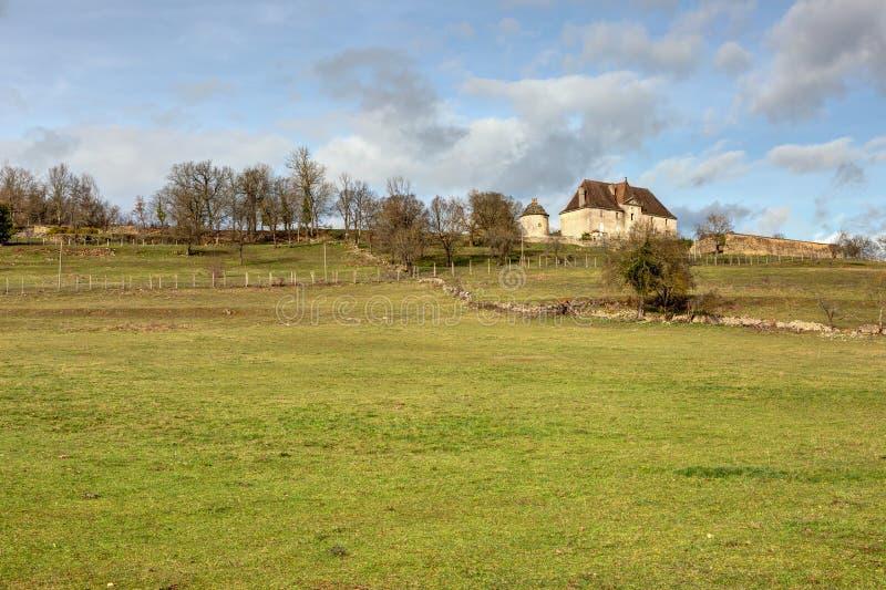 Ładny dom blisko Boussac w dziale udział - Occitania w południowym westernie Francja zdjęcia stock