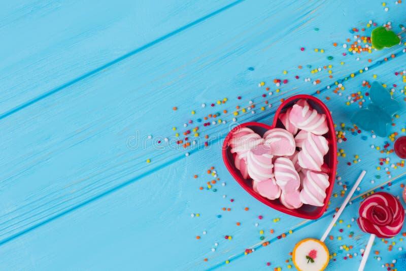 关闭从五颜六色的甜点的背景 库存照片