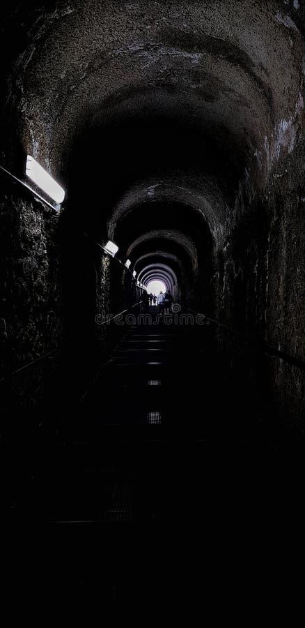 光在隧道尽头 免版税图库摄影