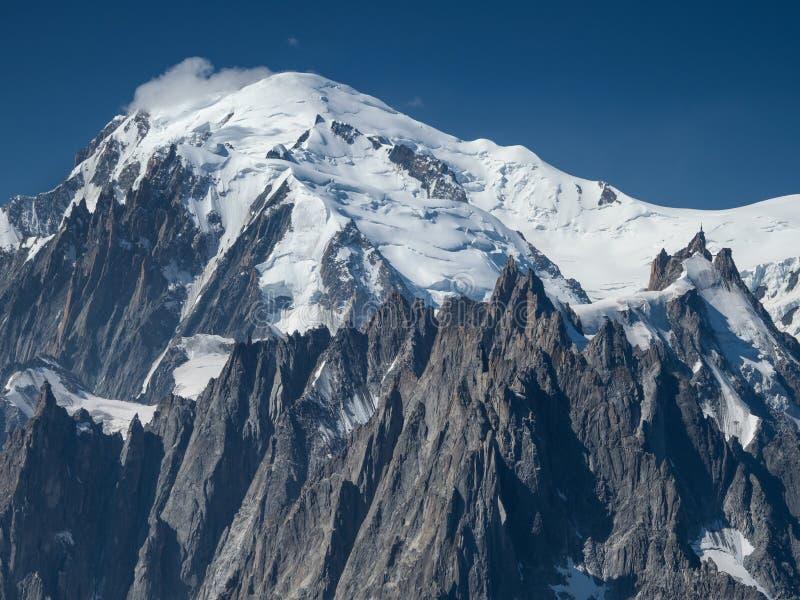 勃朗峰峰顶在法国阿尔卑斯 库存图片
