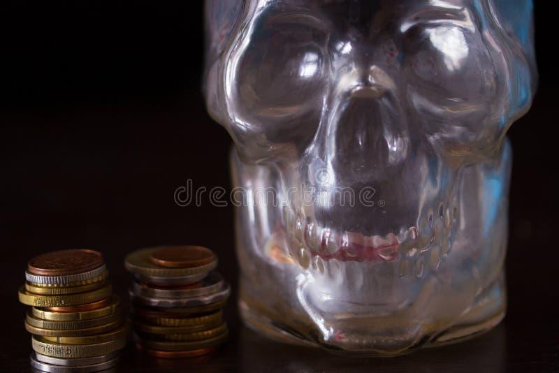 Śmierć i pieniądze pojęcie obraz stock