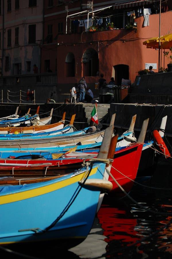 Śródziemnomorski schronienie w Włochy: cinque terre zdjęcie royalty free