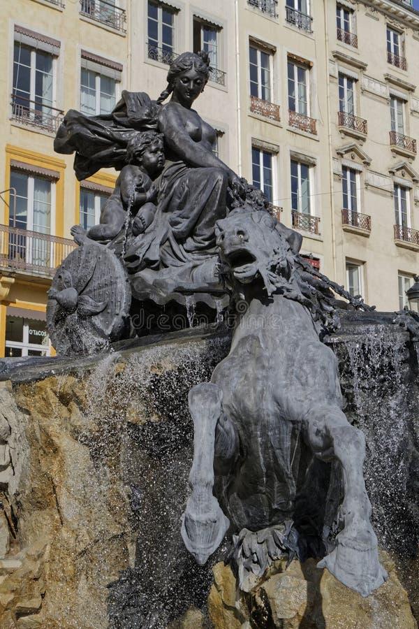 喷泉Bartholdi细节,在沃土广场 免版税库存图片