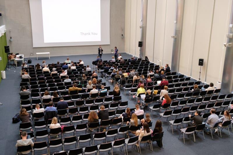 Download Åhörare på en konferens redaktionell bild. Bild av anförande - 78725566