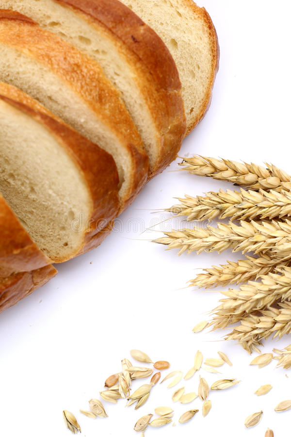åkerbruk comcept Bröd och öron av vete royaltyfri fotografi