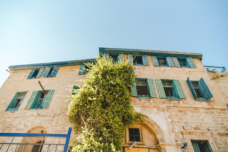 Åldras historisk byggnad i jaffa Israel arkivfoton