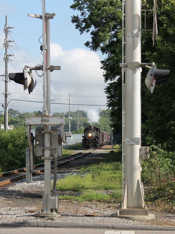 Ånga drevet från Chattanooga, TN till Summerville, GUMMIN arkivbild