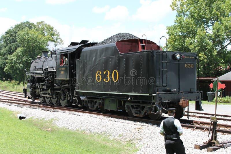 Ånga drevet från Chattanooga, TN till Summerville, GUMMIN arkivfoto
