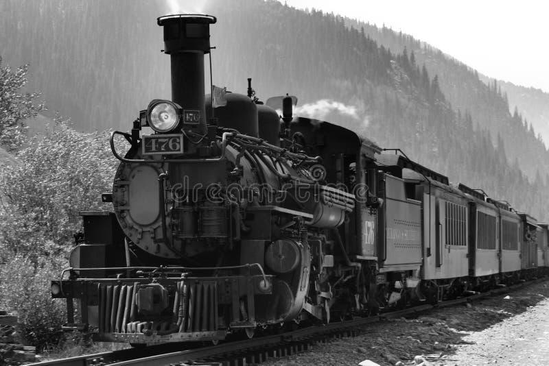 Ångalokomotiv för smalt mått K-28 arkivbild
