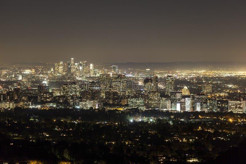 Århundradestad och Beverly Hills på natten med i stadens centrum Los Angele royaltyfri fotografi