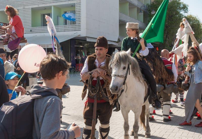 Årlig vårkarneval i Varna, Bulgarien fotografering för bildbyråer